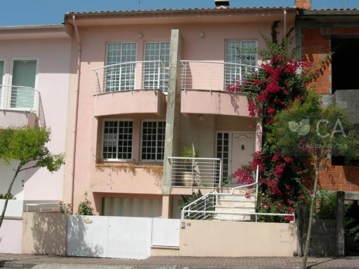 Terraced House 3 Bedrooms