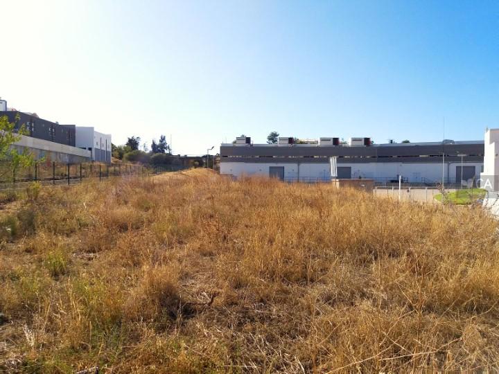 Terreno para construção com 799m² para venda, próximo do centro da cidade de Portimão