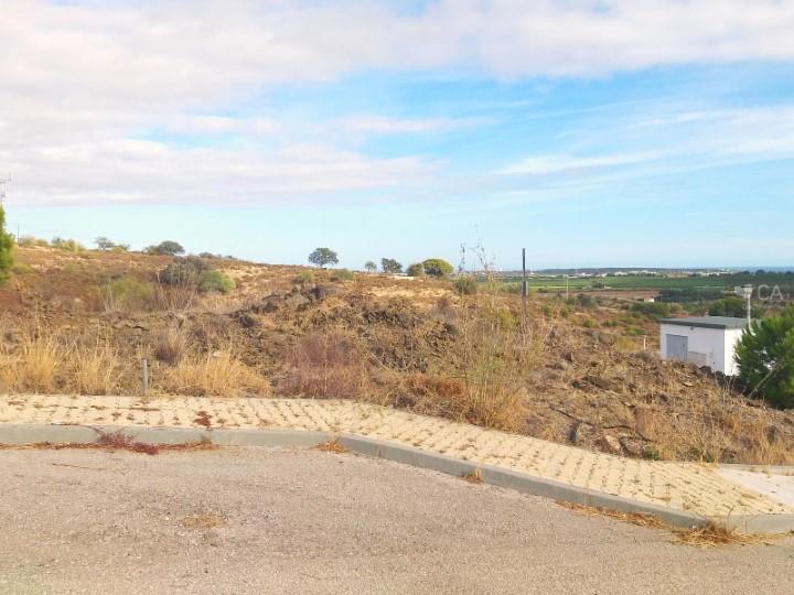 Terreno para construção com 278m² situado a 5Km de Altura, concelho de Castro Marim